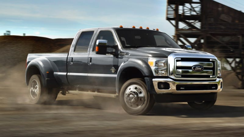 Illustration for article titled The 2015 Ford F-450 Gets Revamped For Your Hauling Pleasure