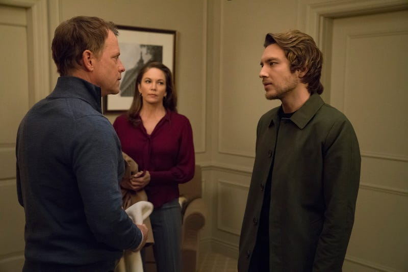 Greg Kinnear, Diane Lane, Cody Fern