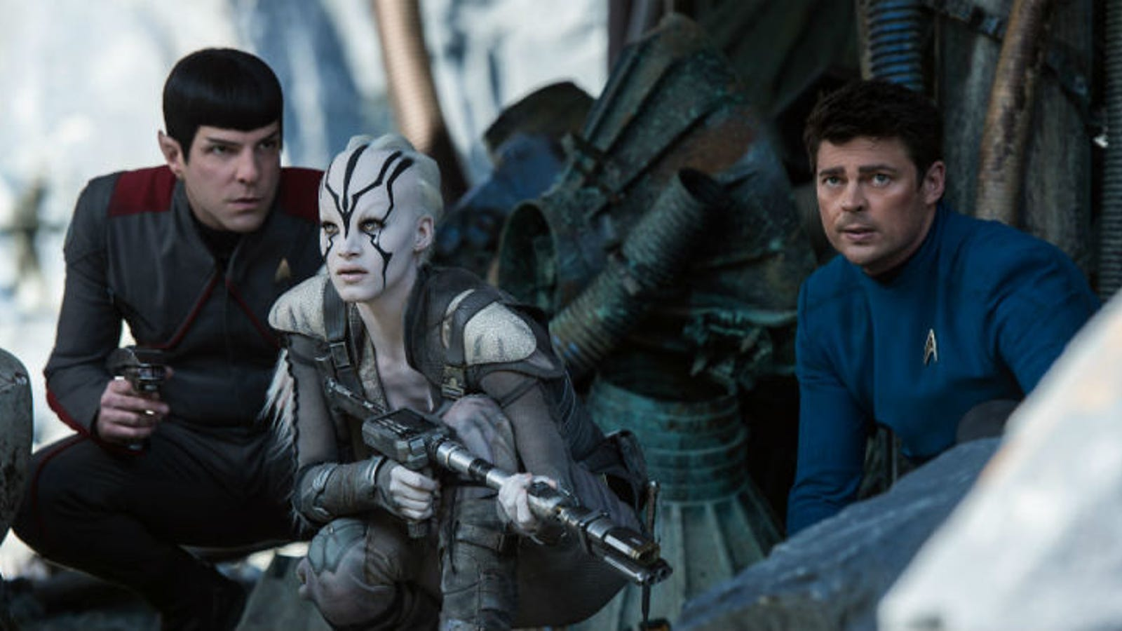 New Multi-Screen Projection Format Aims to Make Star Trek Beyond an Immersive Experience