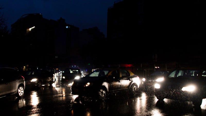 Cómo pudo un país entero como Argentina quedarse sin luz