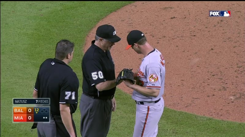 """Illustration for article titled Brian Matusz Second Pitcher This Week Ejected For """"Foreign Substance"""""""