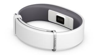 Illustration for article titled Sony SmartBand 2 es oficial: más de lo mismo, ahora con sensor cardíaco