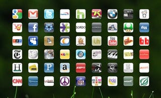Illustration for article titled Use the iPhone Icon Generator to Make a Custom iPad Homepage