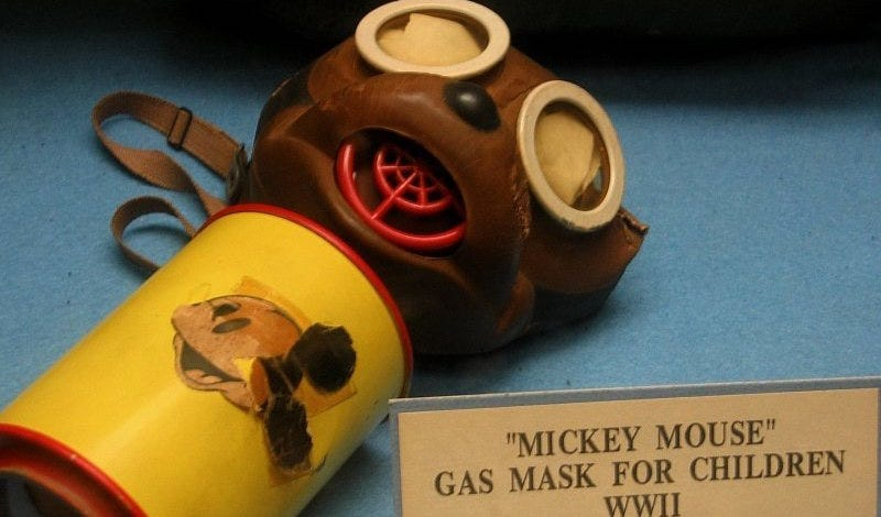 Máscara de Mickey en el 45th Infantry Museum