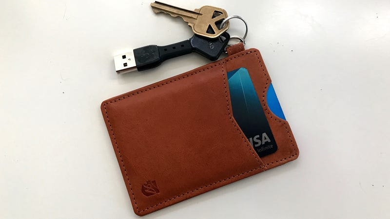 Axess Essential Wallet