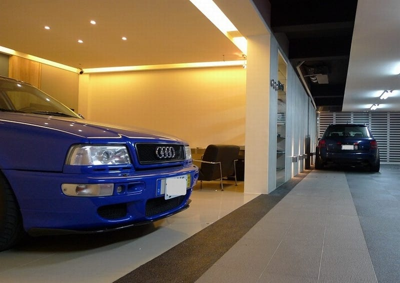 truth in parking an audi fanatic 39 s ultimate garage. Black Bedroom Furniture Sets. Home Design Ideas