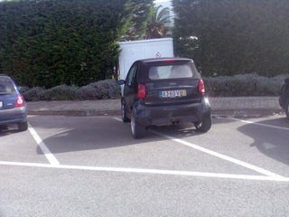Illustration for article titled This Is Why People Think Smart ForTwo Drivers Are Asshats