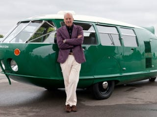 Illustration for article titled British Architect Builds Himself a Dymaxion Car