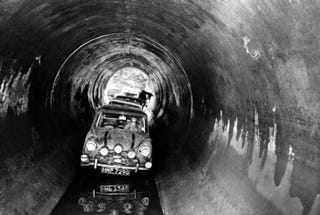 Illustration for article titled Top Gear To Recreate Italian Job, Drive Minis Through Belfast Sewers