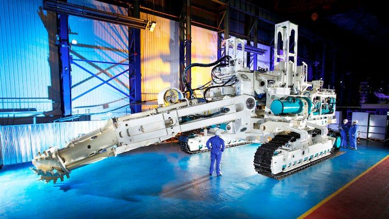 Illustration for article titled Esta monstruosa perforadora de 250 toneladas extraerá oro a 1.600 metros bajo el océano
