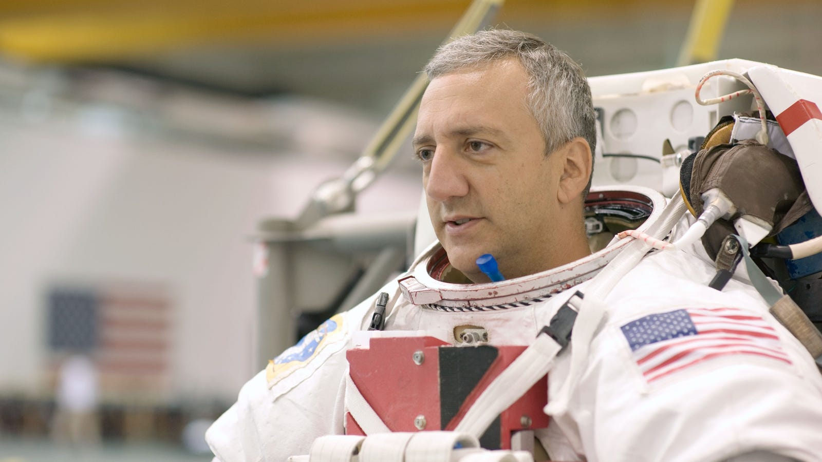 We Chatted With an Astronaut About Showering, Farting, and
