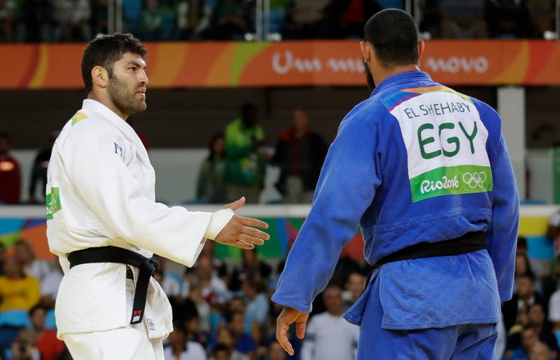 Egyptian judoka explains why he didn't shake Sasson's hand