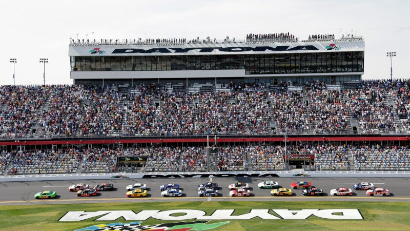 Illustration for article titled The 2013 Daytona 500: Open Discussion