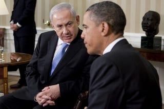 Israeli Prime Minister Netanyahu and President Barack Obama discuss borders. (Getty)