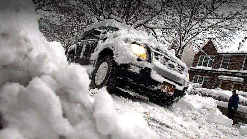 Illustration for article titled Ten Tips For Safer Winter Driving