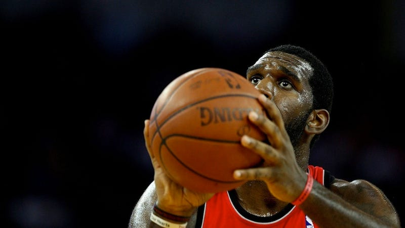 Illustration for article titled Greg Oden Says He Became An Alcoholic, Got Offers To Work In Porn