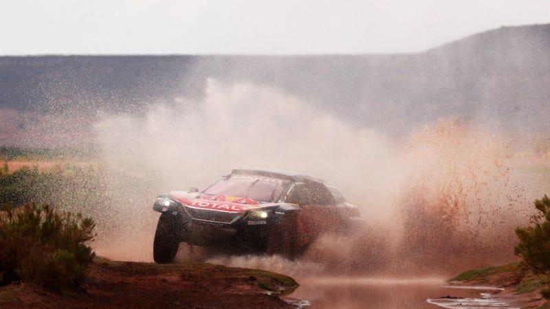 Carlos Sainz at the Dakar Rally. Photo credit: Dan Istitene/Getty Images