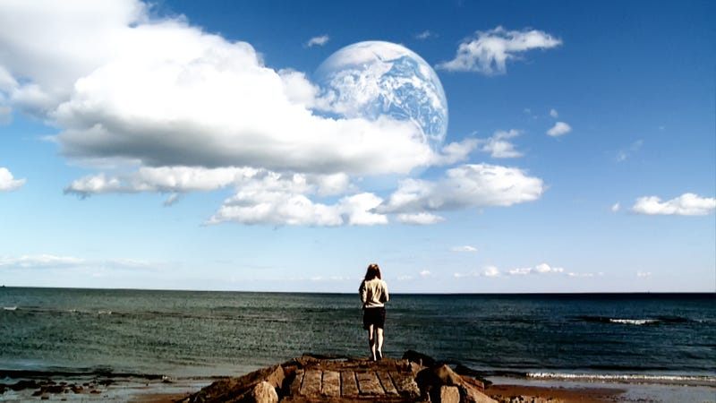 Illustration for article titled Another Earth proves the hardest thing is living with yourself