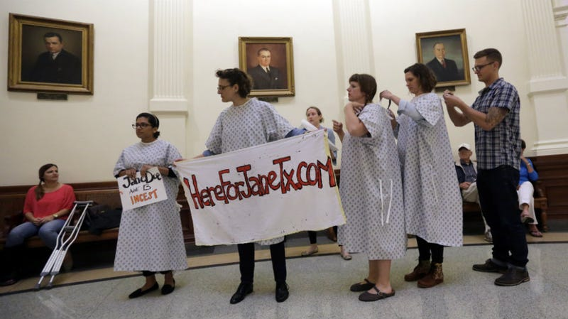 Illustration for article titled Texas Just Made It Much, Much Harder For Abused or Neglected Minors to Get an Abortion