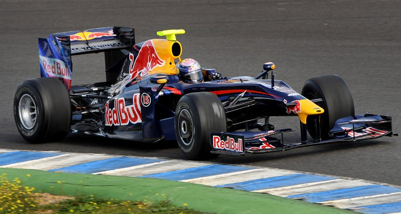 Illustration for article titled Red Bull Racing 2009 RB5 F1 Car Debuts At Circuito De Jerez, Gets Wings