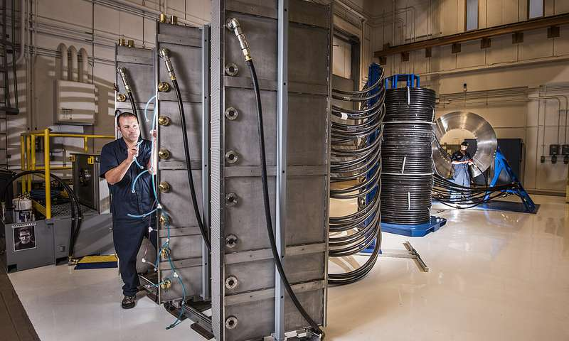 Illustration for article titled Sandia's New Thor Accelerator Will Wield a Mighty Hammer