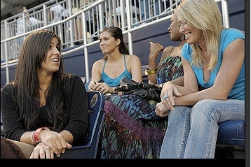 Illustration for article titled Even The Wives Of Nationals Players Are Miserable This Year