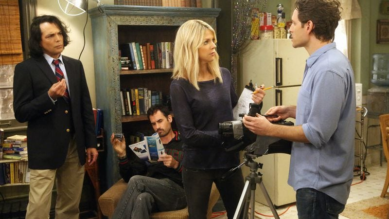 (l-r): Richard Greico, Richard Greico's seaweed guy, Kaitlin Olson, Glenn Howerton (FXX)