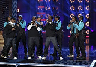 """""""Sing-Off"""" champs Committed perform with Boyz II Men."""