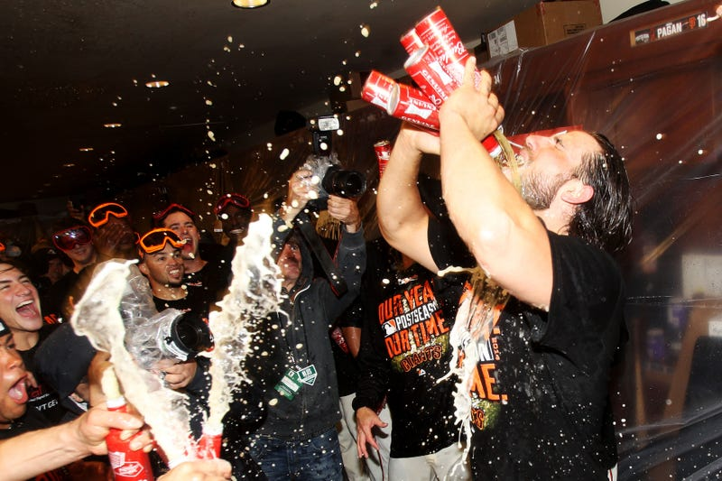 Illustration for article titled Madison Bumgarner Is Now Up To Five Beers At A Time