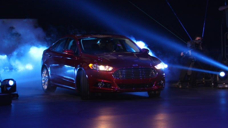 Illustration for article titled 2013 Ford Fusion Live Gallery