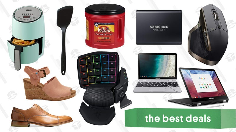 Illustration for article titled Monday's Best Deals: MacBook Air, PlayStation Now, TOMS, Cole Haan, and More