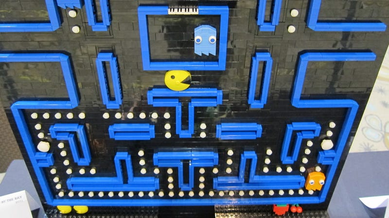 Illustration for article titled Lego Pac-Man Is Just An Artistic Experiment