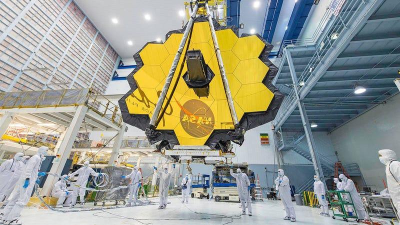 NASA Delays Hubble Successor Launch