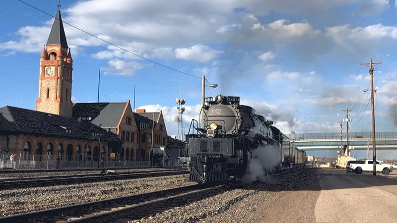 Here's the Biggest Steam Engine in the World Going on a Test Run For the First Time in Nearly 60 Years