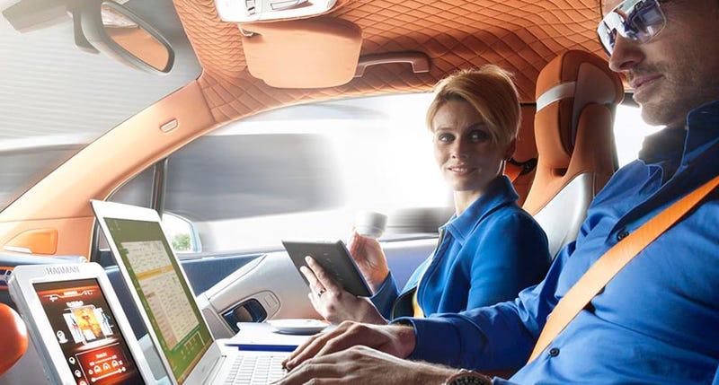 Illustration for article titled ¿Era necesario? Harman y Microsoft quieren que tu automóvil sea compatible con Office