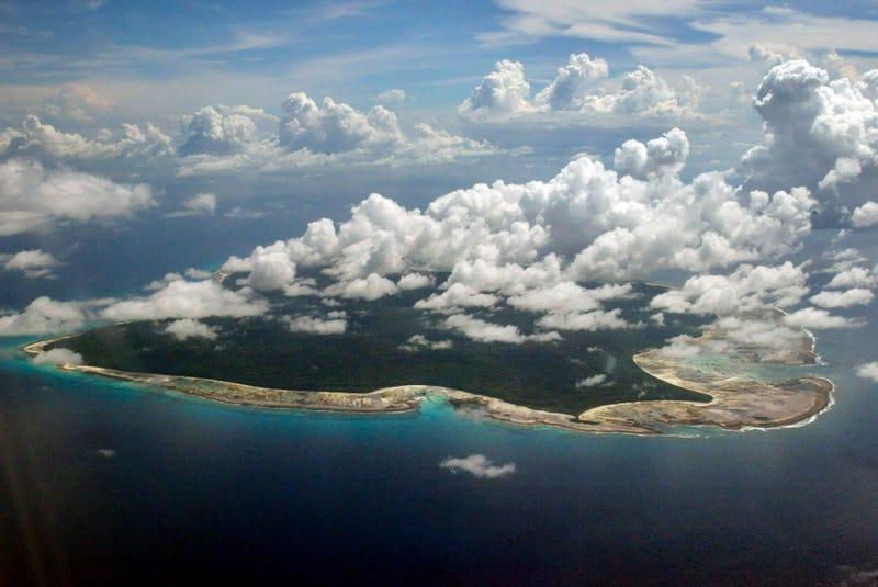 Illustration for article titled El complicado rescate del cuerpo de John Allen Chau en una isla inexplorada dónde está prohibido entrar