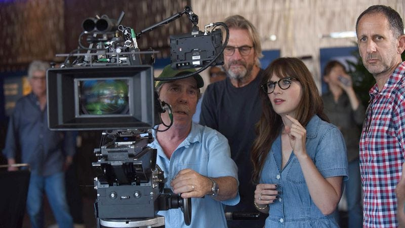 "Zooey Deschanel on the set of New Girl's season-six premiere, ""House Hunt"""