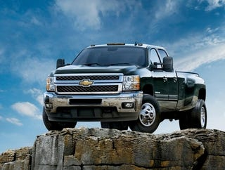 Illustration for article titled Chevy Silverado HD Diesel Bends Ford Over Knee With 765 lb-ft Of Torque