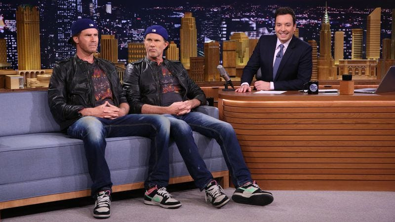Illustration for article titled Will Ferrell and lookalike Chad Smith had their drum-off