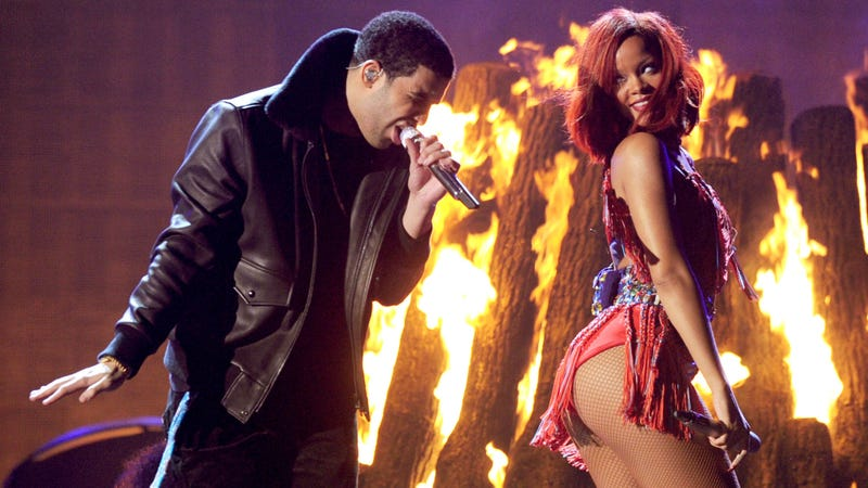 Illustration for article titled Drake and Rihanna Hung Out Twice, 'Proof' that They Are Humping Again