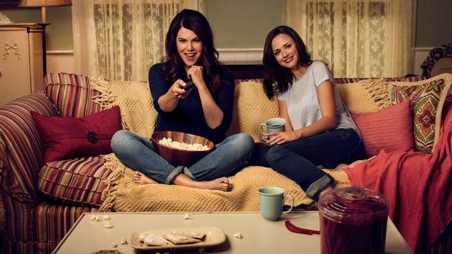 Netflix orders Ginny & Georgia, a show that isn't Gilmore
