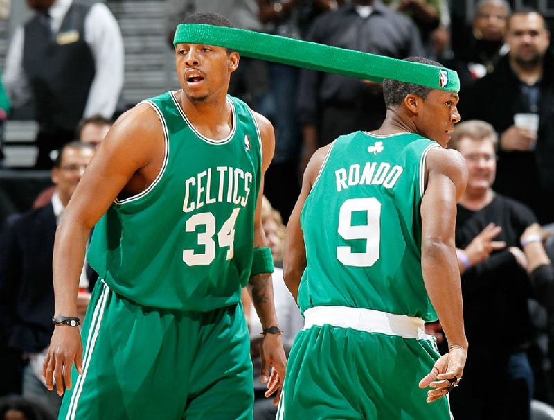 Illustration for article titled Rajon Rondo, Paul Pierce Realize They're Wearing Same Headband