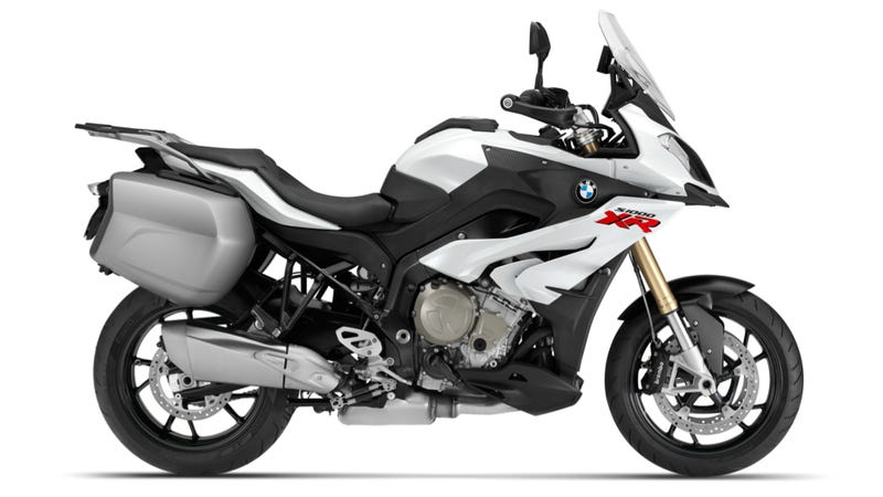 Illustration for article titled The BMW S1000XR Is A Crotch Rocket Tweaked To Be A Touring Bike