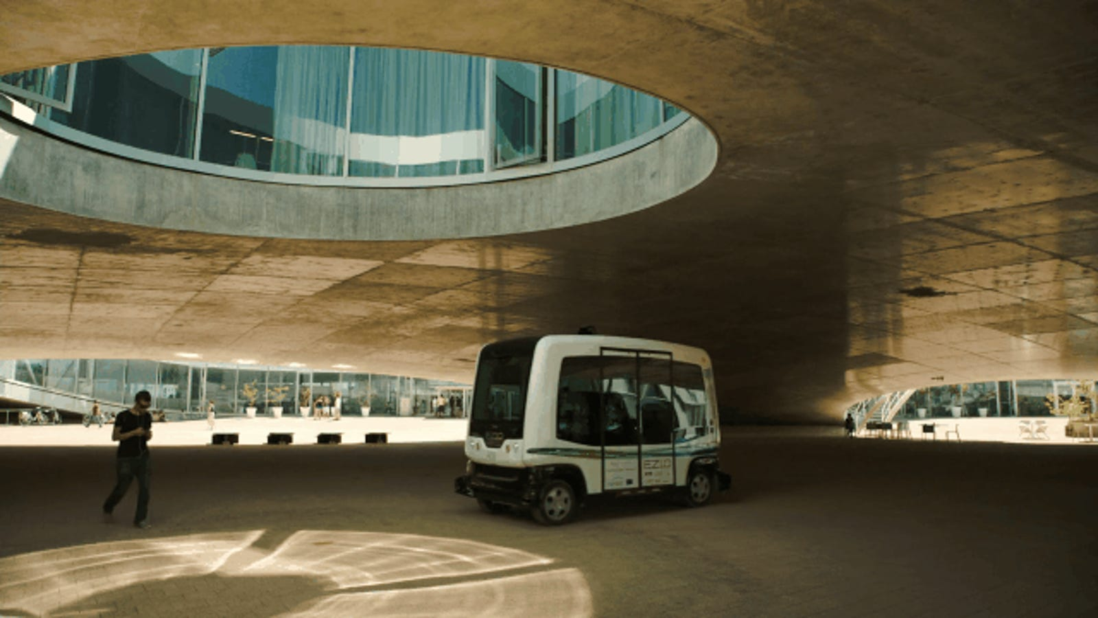 An Autonomous Shuttle Is Driving Public Streets for the First Time