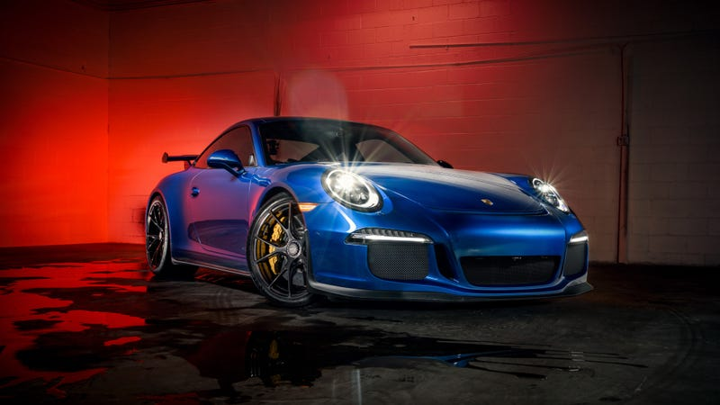 Illustration for article titled Your Pretty Porsche 911 GT3 Wallpapers Are Here