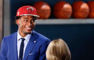 Illustration for article titled NBA Draft Picks Choose Their Favorite Emoji; Justise Winslow Wins