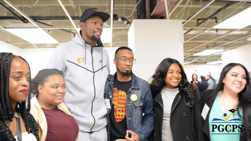 Illustration for article titled Kevin Durant Opens After-School Center in Maryland Hometown