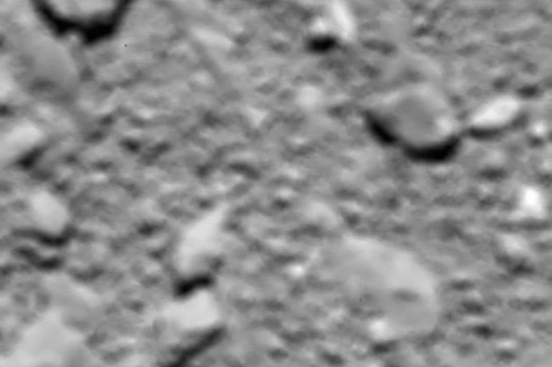 Illustration for article titled Esto fue lo último que vio la sonda Rosetta antes de estrellarse sobre el cometa 67P
