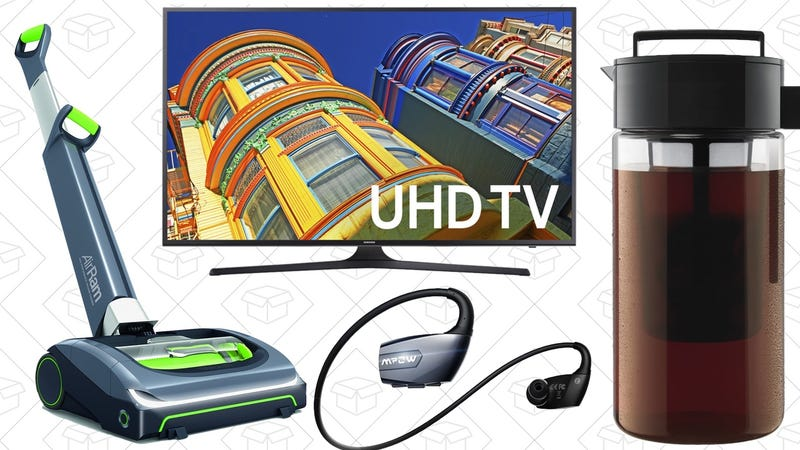 Illustration for article titled Today's Best Deals: 4K Samsung, Cordless Vacuum, Wireless Headphones, and More