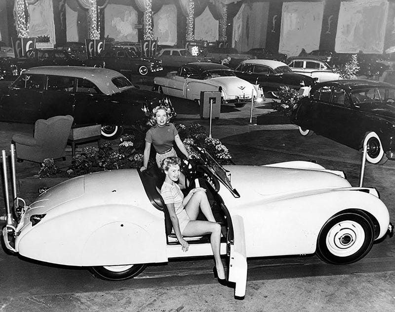 Illustration for article titled 1952 Los Angeles International Auto Show